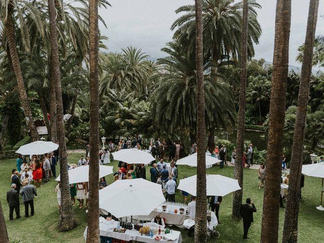 La boda de Jose y Chabely en San Cristóbal de La Laguna, Santa Cruz de Tenerife 29