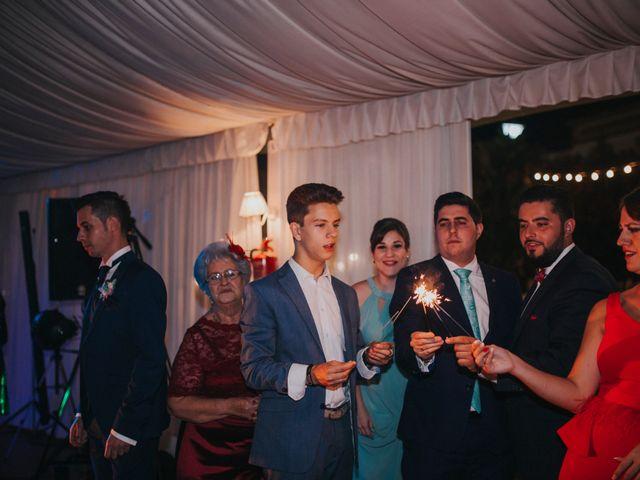 La boda de Benjamin y Rebeca en Dos Hermanas, Sevilla 10