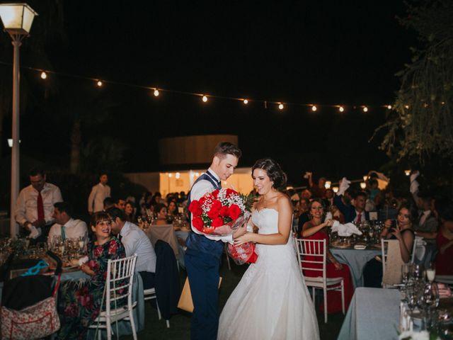 La boda de Benjamin y Rebeca en Dos Hermanas, Sevilla 30