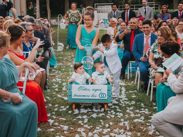 La boda de Benjamin y Rebeca en Dos Hermanas, Sevilla 106