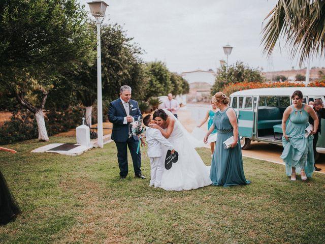 La boda de Benjamin y Rebeca en Dos Hermanas, Sevilla 130