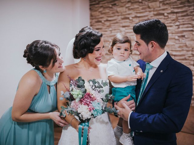 La boda de Benjamin y Rebeca en Dos Hermanas, Sevilla 143