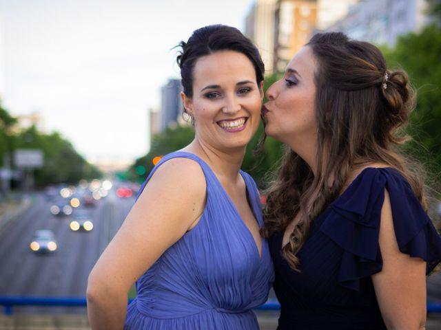 La boda de Patricia y Raquel en Madrid, Madrid 10