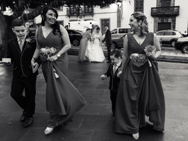 La boda de Miguel Angel y Yanira en Telde, Las Palmas 12