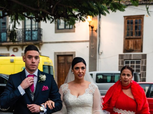 La boda de Miguel Angel y Yanira en Telde, Las Palmas 13