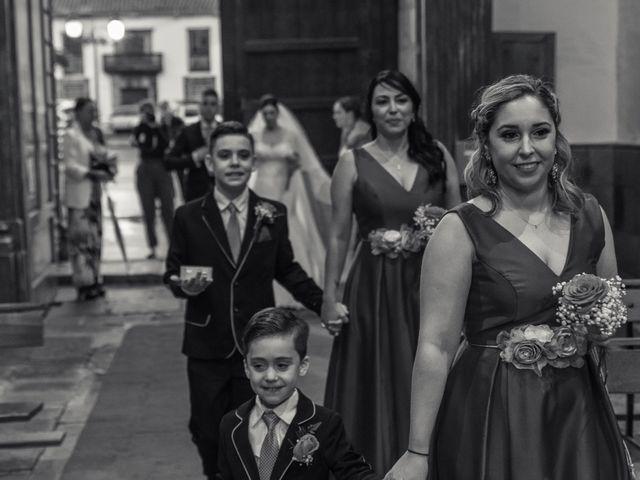 La boda de Miguel Angel y Yanira en Telde, Las Palmas 15