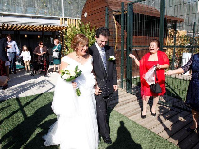 La boda de Fernando y Milagros en Zaragoza, Zaragoza 1