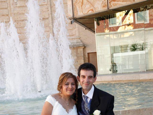 La boda de Fernando y Milagros en Zaragoza, Zaragoza 7