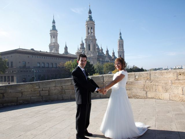 La boda de Fernando y Milagros en Zaragoza, Zaragoza 11