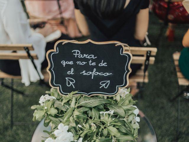 La boda de Rubén y Marina en Pueblo Los Cerralbos, Toledo 17