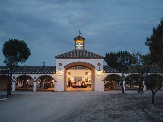 La boda de Rubén y Marina en Pueblo Los Cerralbos, Toledo 31