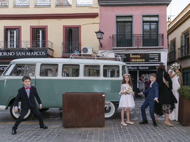 La boda de Gareth y Marta en Sevilla, Sevilla 17