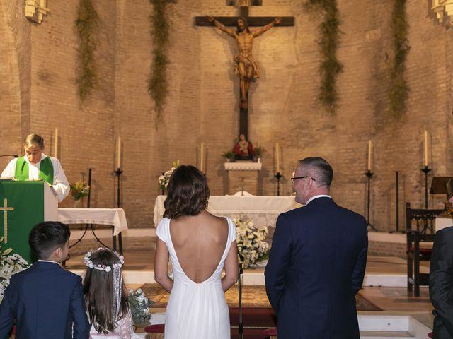 La boda de Gareth y Marta en Sevilla, Sevilla 22