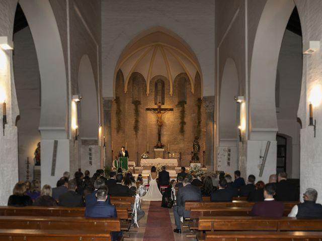 La boda de Gareth y Marta en Sevilla, Sevilla 23