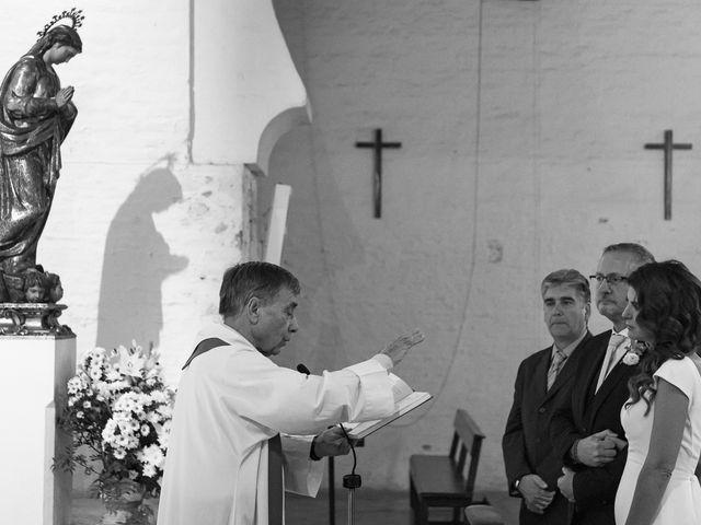 La boda de Gareth y Marta en Sevilla, Sevilla 28
