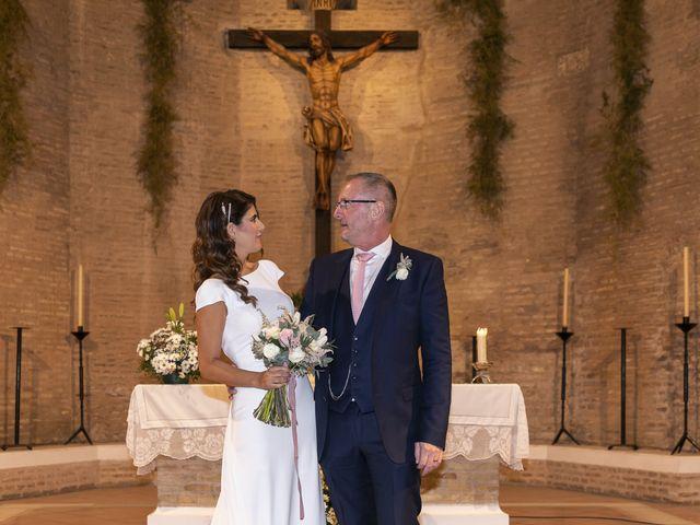 La boda de Gareth y Marta en Sevilla, Sevilla 29