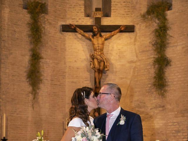 La boda de Gareth y Marta en Sevilla, Sevilla 30