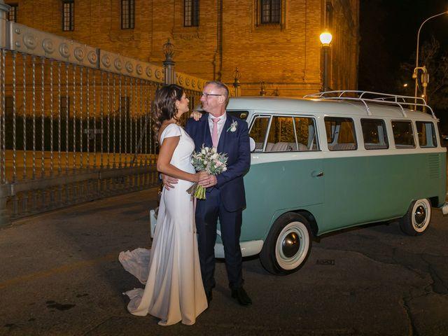 La boda de Gareth y Marta en Sevilla, Sevilla 35