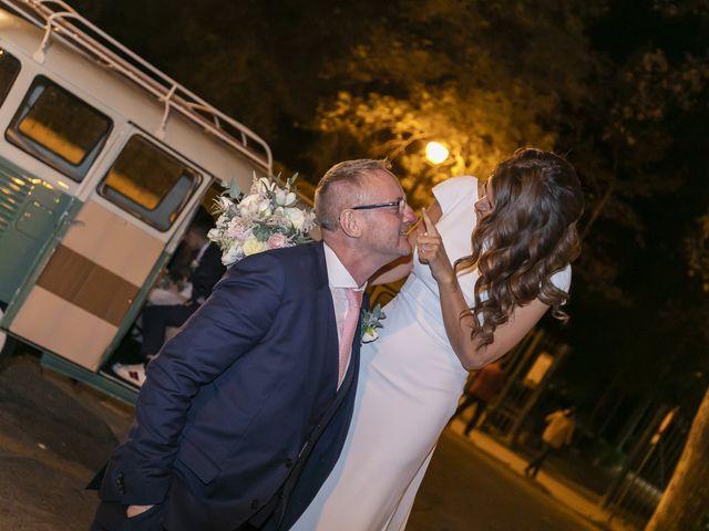 La boda de Gareth y Marta en Sevilla, Sevilla 36