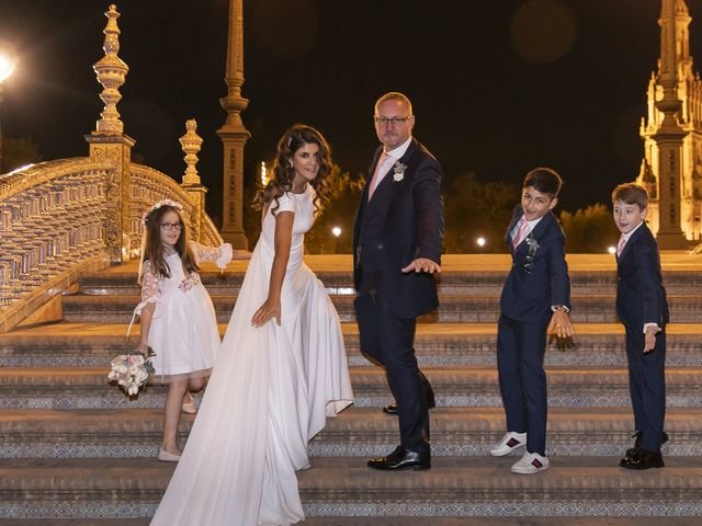 La boda de Gareth y Marta en Sevilla, Sevilla 39
