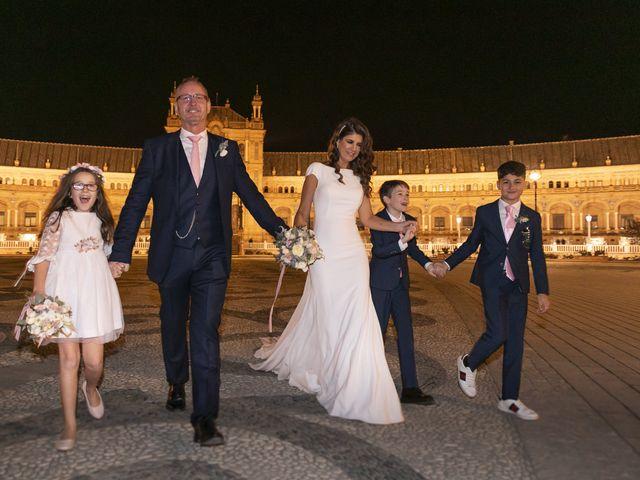 La boda de Gareth y Marta en Sevilla, Sevilla 43