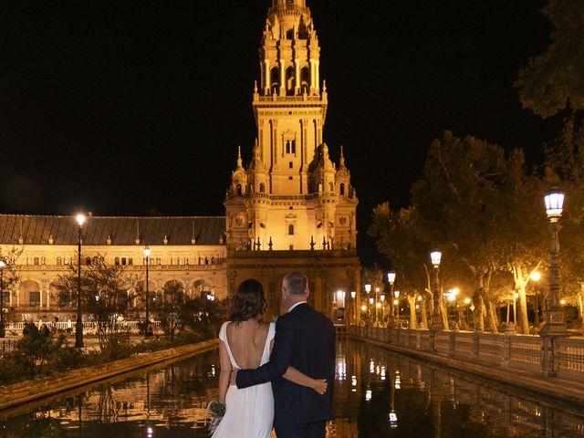 La boda de Gareth y Marta en Sevilla, Sevilla 44