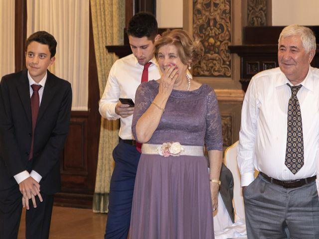 La boda de Gareth y Marta en Sevilla, Sevilla 52