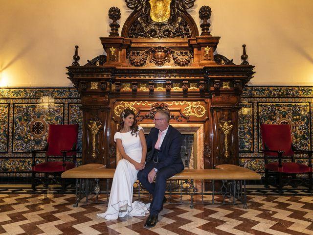La boda de Gareth y Marta en Sevilla, Sevilla 58