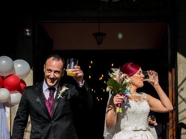 La boda de Curro y Silvia en Sotrondio, Asturias 6