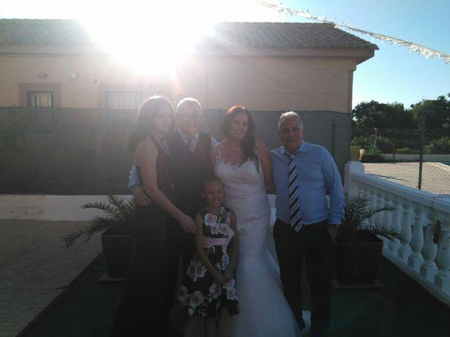 La boda de José  y Isa  en La Pobla De Vallbona, Valencia 6