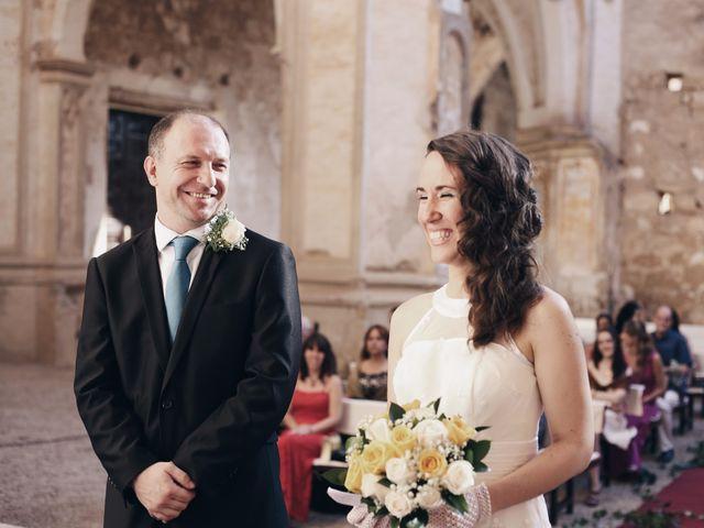 La boda de Josep y Eva en Monasterio De Piedra, Zaragoza 13