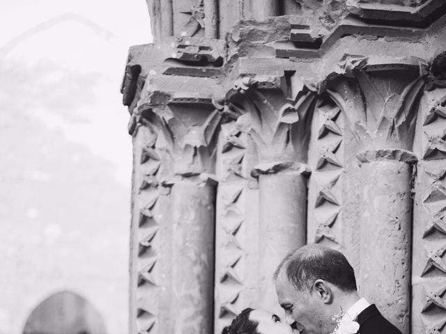 La boda de Josep y Eva en Monasterio De Piedra, Zaragoza 27