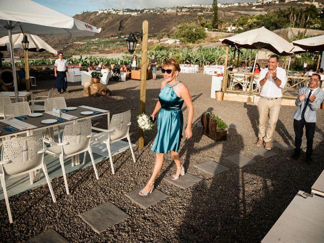 La boda de Fran y Alexandra en Santa Cruz De Tenerife, Santa Cruz de Tenerife 6