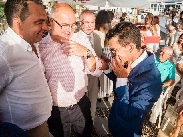 La boda de Fran y Alexandra en Santa Cruz De Tenerife, Santa Cruz de Tenerife 20