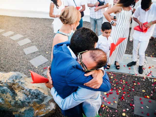 La boda de Fran y Alexandra en Santa Cruz De Tenerife, Santa Cruz de Tenerife 31