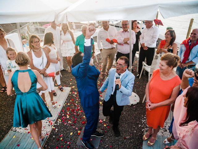 La boda de Fran y Alexandra en Santa Cruz De Tenerife, Santa Cruz de Tenerife 32