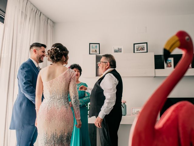 La boda de Adrián y María en Ballesteros De Calatrava, Ciudad Real 25
