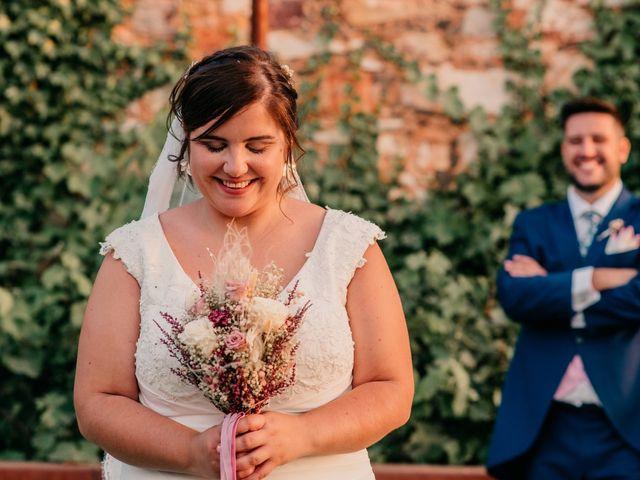 La boda de Adrián y María en Ballesteros De Calatrava, Ciudad Real 102