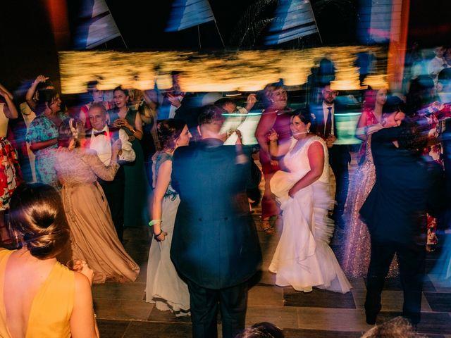 La boda de Adrián y María en Ballesteros De Calatrava, Ciudad Real 139