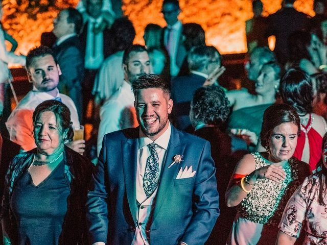 La boda de Adrián y María en Ballesteros De Calatrava, Ciudad Real 143