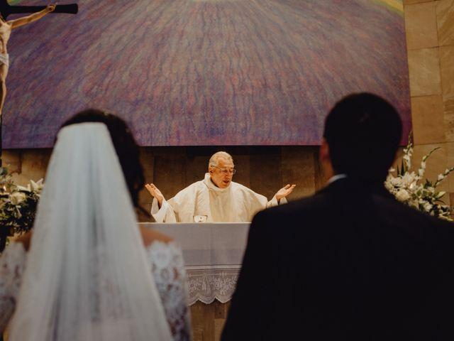 La boda de Fernando y Maripily en San Sebastian De Los Reyes, Madrid 146