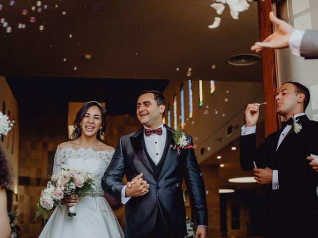 La boda de Fernando y Maripily en San Sebastian De Los Reyes, Madrid 151