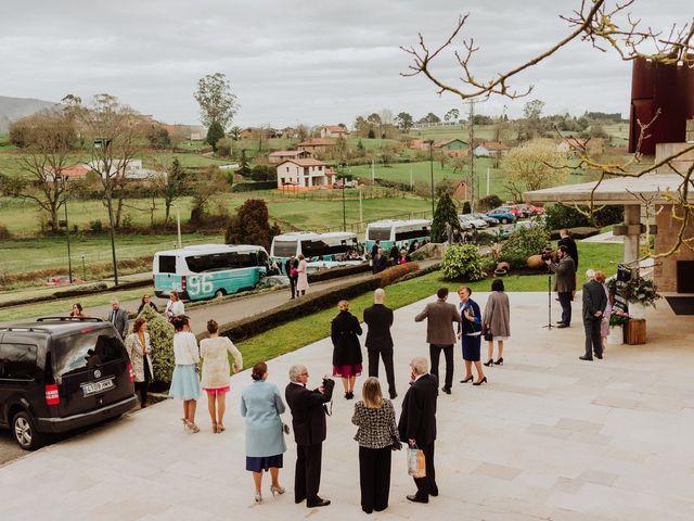 La boda de Zarina y Diego en San Cucao, Asturias 2