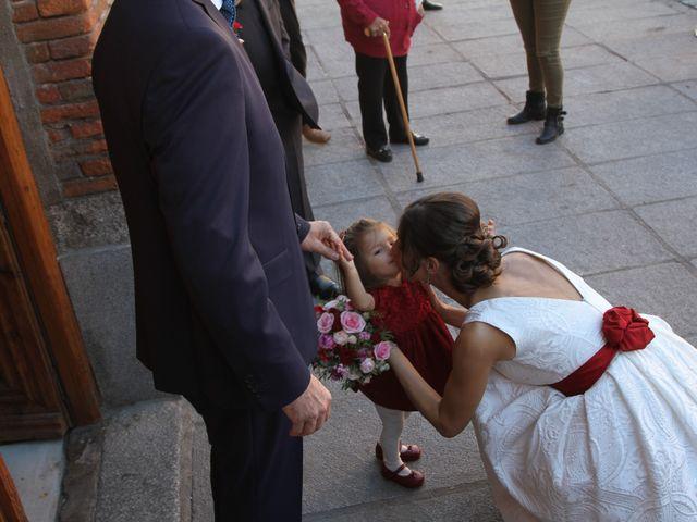 La boda de Angel  y Carmen  en Nava De La Asuncion, Segovia 2
