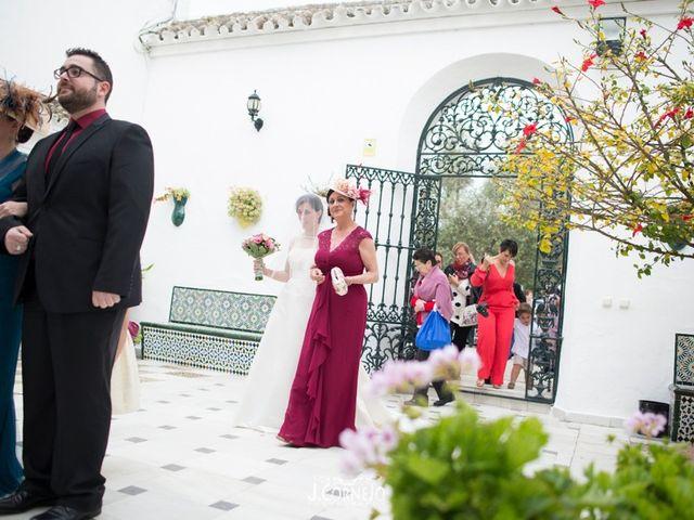 La boda de Juan y Mercedes en Chiclana De La Frontera, Cádiz 17