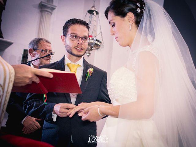 La boda de Juan y Mercedes en Chiclana De La Frontera, Cádiz 20
