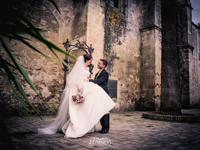 La boda de Juan y Mercedes en Chiclana De La Frontera, Cádiz 27