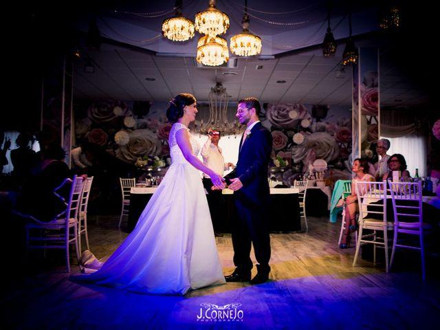 La boda de Juan y Mercedes en Chiclana De La Frontera, Cádiz 40