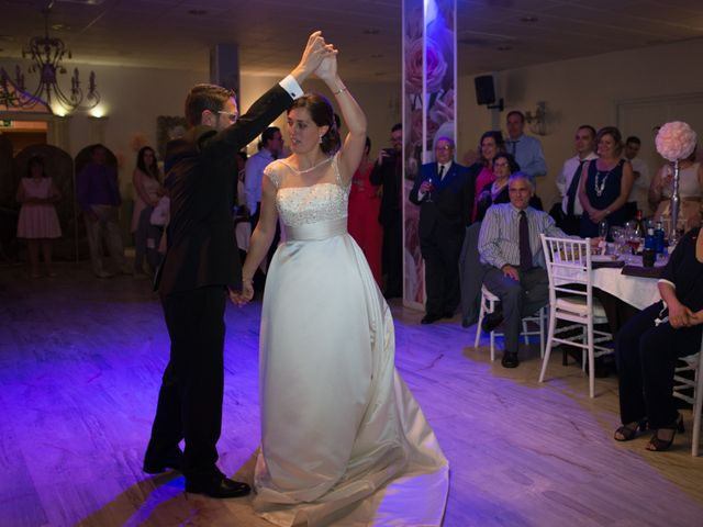 La boda de Juan y Mercedes en Chiclana De La Frontera, Cádiz 41