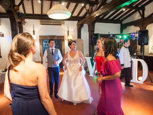 La boda de Darío y Vanessa en Castañeda, A Coruña 25